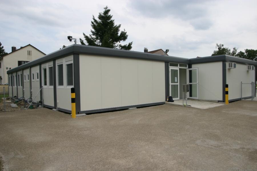 Wohncontainer von Schmidt-Container: Kindergarten, Wohncontaineranlage, Wohnheime aus Containern ...